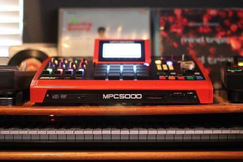 AKAI-MPC-5000-Drums-Harddisk
