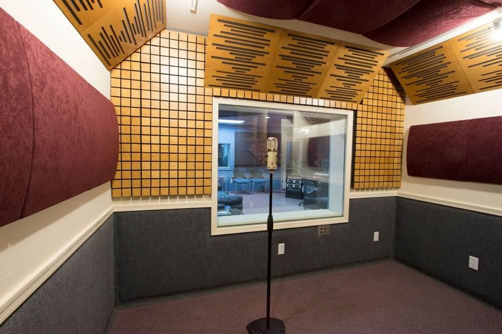 Пять основных советов при записи вокала в вашей DAW